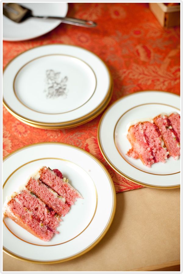 Raspberry_Pistachio_Cake_Recipe4