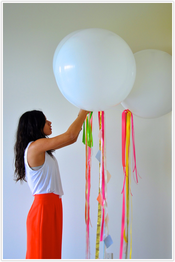 how to make decorations out of streamers