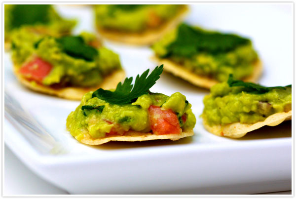 superbowl super bowl football snack snacks appetizer finger foods guacamole easy recipe tostada