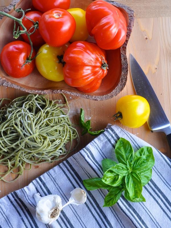 tomato_basil_mozzarella_pasta2