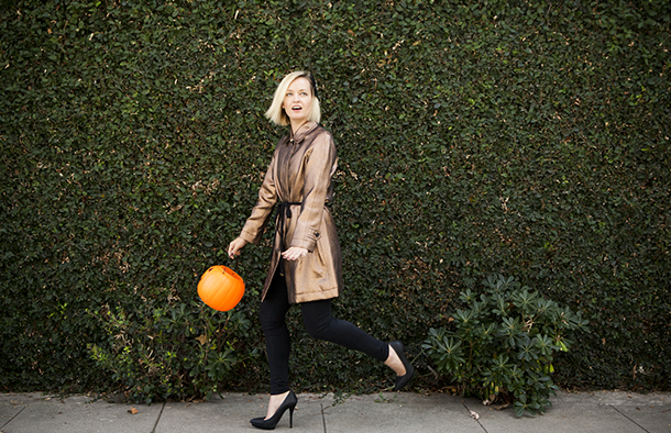 Halloween inspired fall outfit styled by Jen Pinkston | photo by Denise Crew for Camille Styles