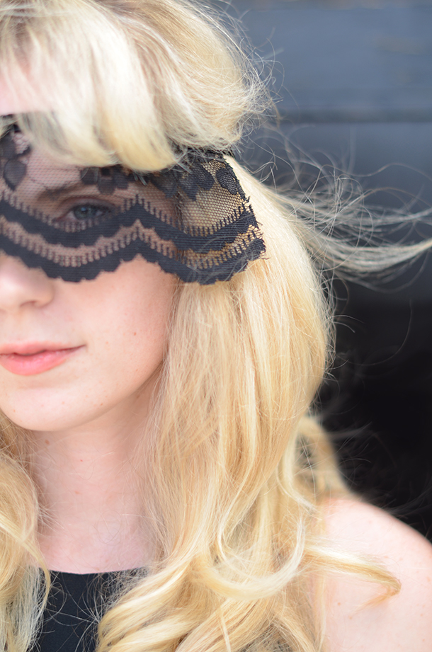 DIY Lace Mask | Camille Styles