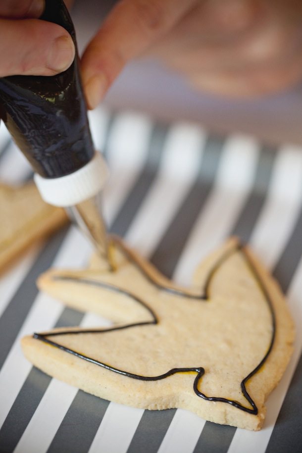 The Birds Halloween Cookies | Camille Styles
