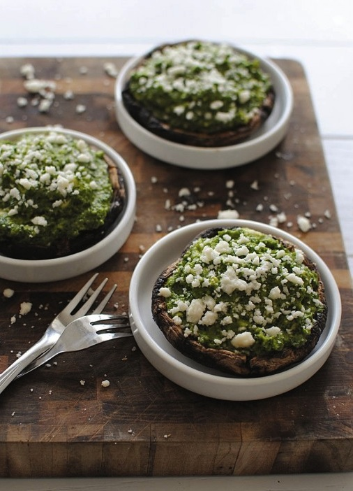 Portobello Mushrooms with Kale Pesto Guacamole | Best Avocado Recipes | Camille Styles