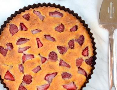 Strawberry Torte Recipe | Forgiving Martha for Camille Styles