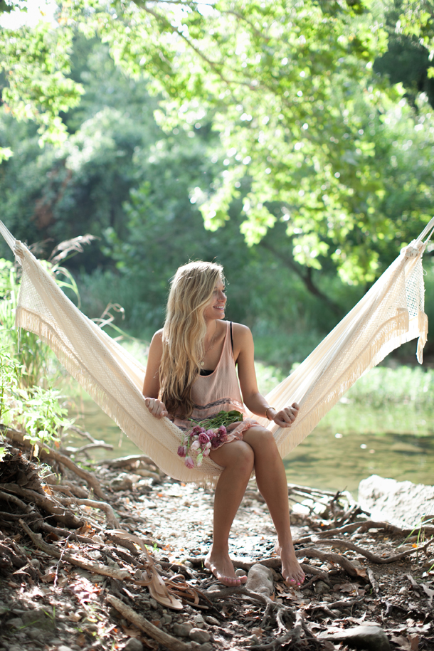 DIY Hammock by Claire Zinnecker, photos by Kate Stafford | Camille Styles