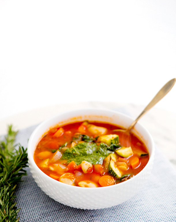 The Super Foodie :: Tomato Vegetable Soup with Pesto ...
