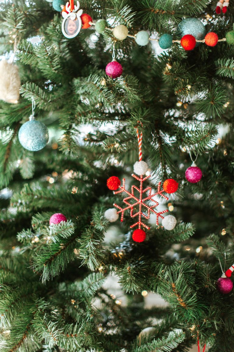 These are The 10 Best Christmas Trees On The Internet