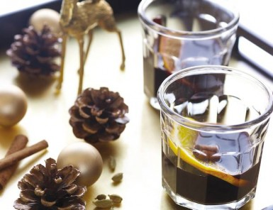 Spiced Winter Wine by Daphne Oz | Camille Styles