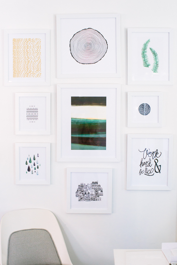 How to Create a Gallery Wall | Minted Art Wall | Photography by Wynn Myers for Camille Styles