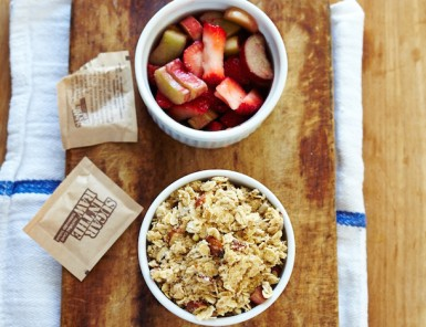 Morning Meals | Strawberry Rhubarb Oatmeal Crisps