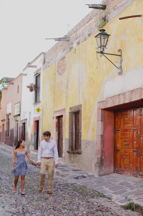 Cute Couple in San Miguel