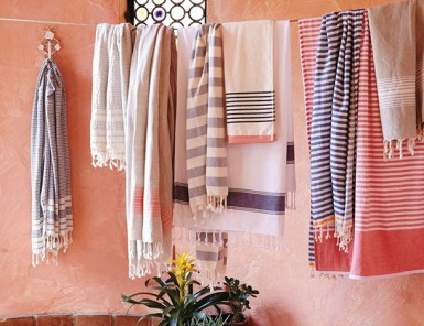 10 Best Beach Towels | Camille Styles