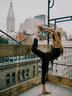 Yoga on the Roof | Via Latte Confidential | Camille Styles