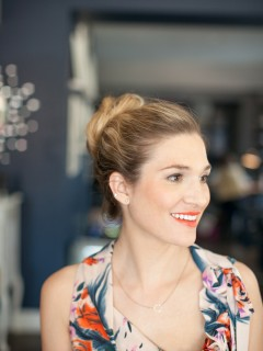 Coral Lip | Pretty Simple by Martha Lynn Kale | Photography by Kate Stafford Weaver for Camille Styles