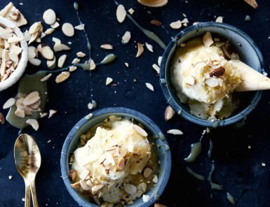 no churn chai ice cream with dulce de leche