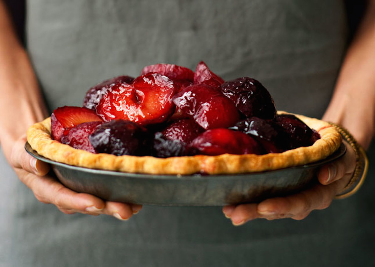 10 Heavenly Plum Desserts | Camille Styles