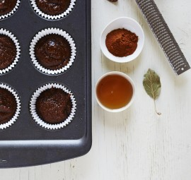maple molasses muffins
