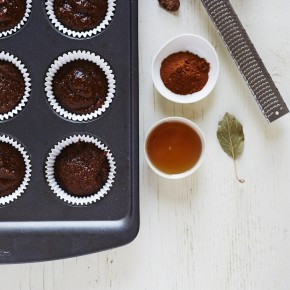 maple molasses muffins