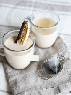 spiced earl grey milk tea and biscotti