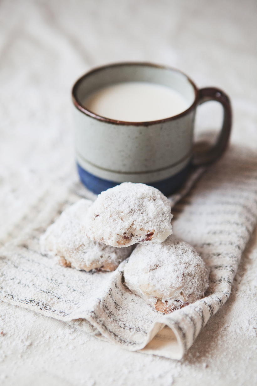 Snowballs   Best Christmas Cookie Recipes