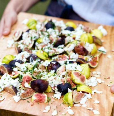 figs on lavash