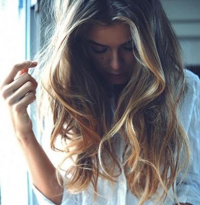 natural, wavy hair