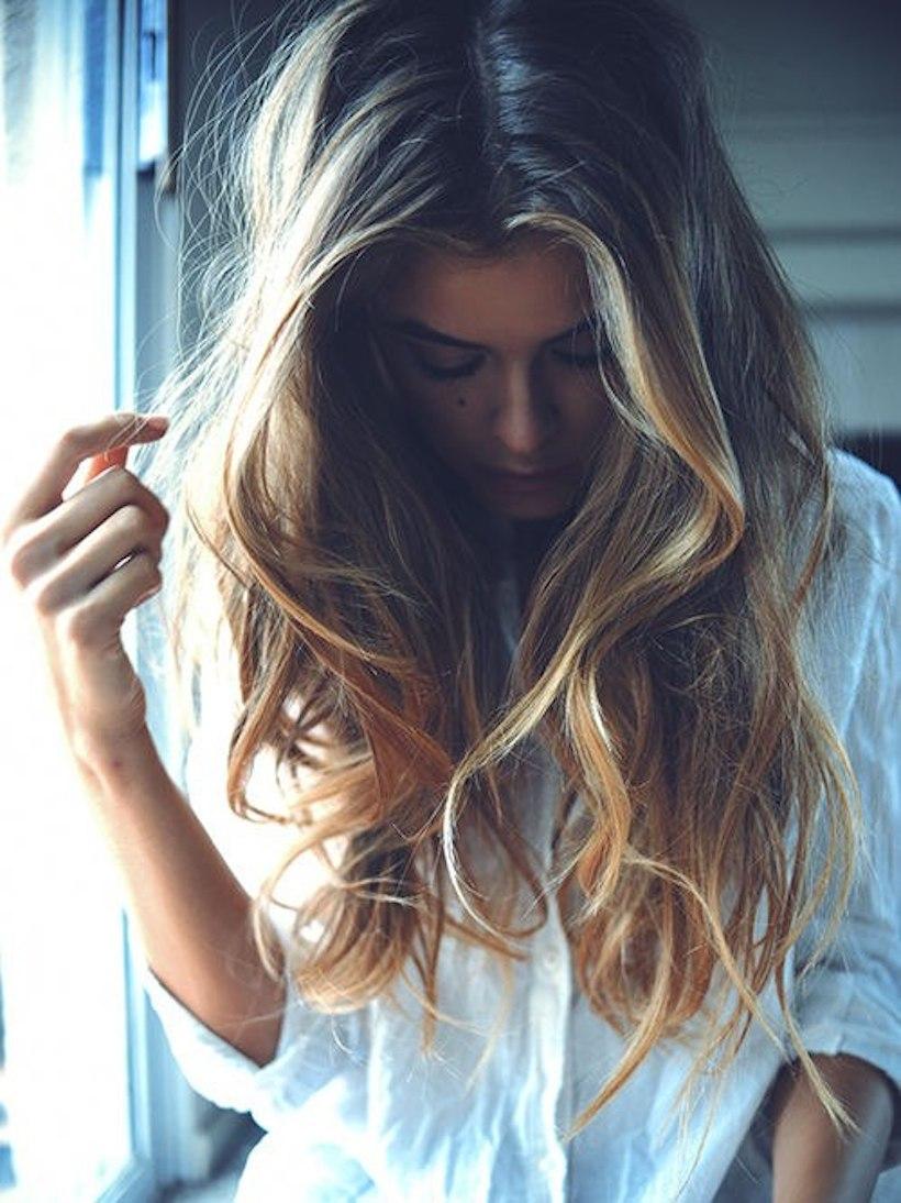 Фото девушек с красивыми мелированными волосами 14 фотография