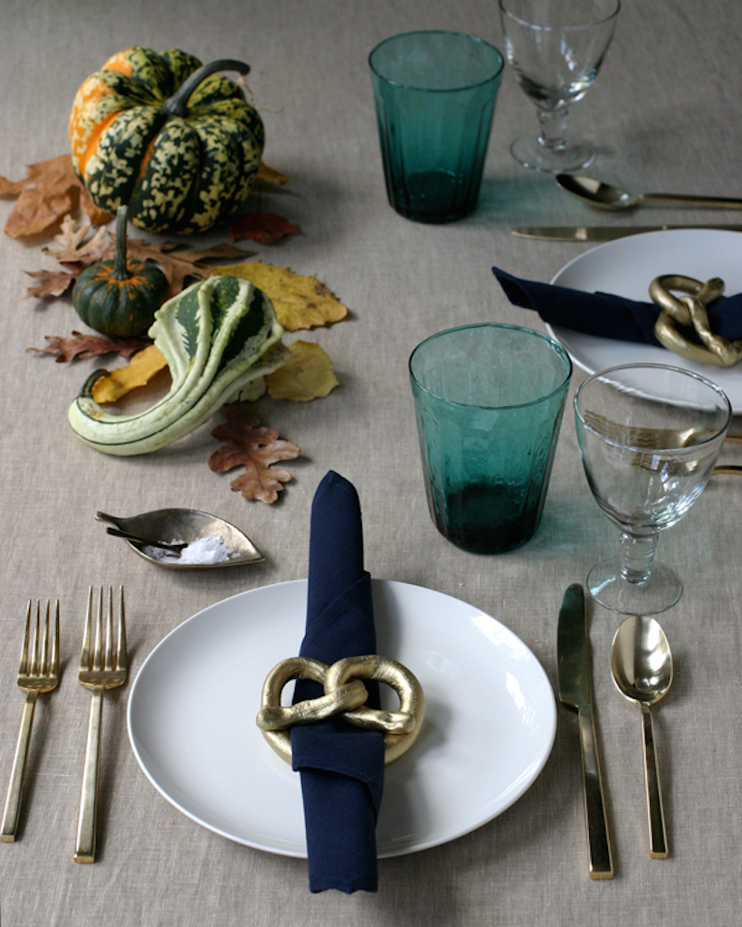 gold pretzel napkin rings