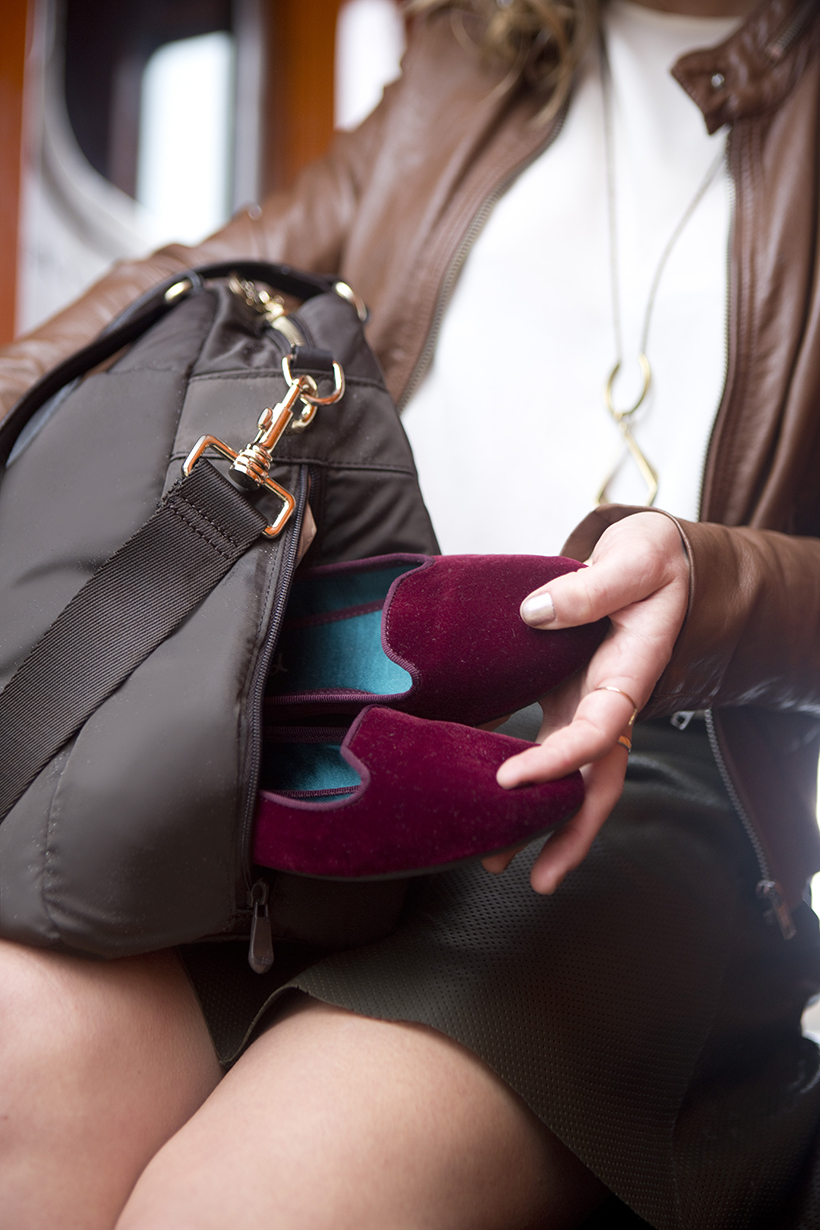 Bag with Shoe Compartment