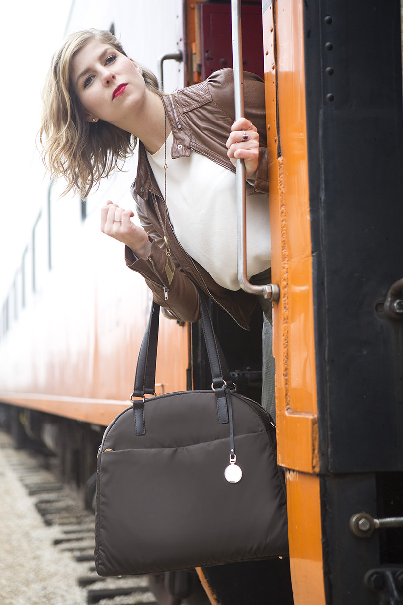 Spring Weaver with Lo & Sons Travel Bag