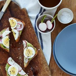 avocado radish toasts