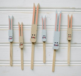 DIY bunny cupcake toppers made using wooden clothespins