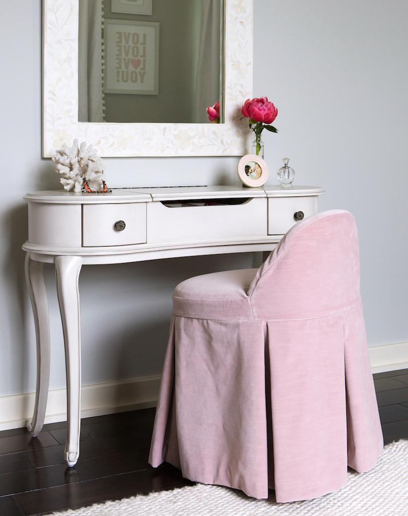 vanity table & stool // little girls' pink & white bedroom