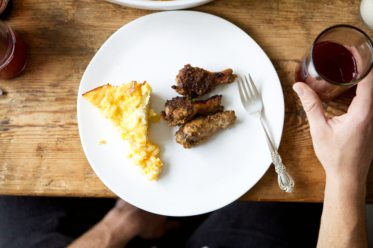 homemade mac and cheese and fried chicken: Entertaining with Nikisha