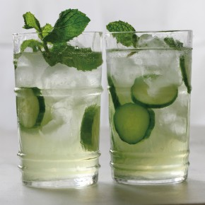 Cucumber Spritzer with Mint