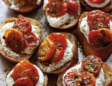 Recipe for Za'atar Roasted Tomatoes Crostini