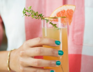 grapefruit, thyme & champagne cocktails
