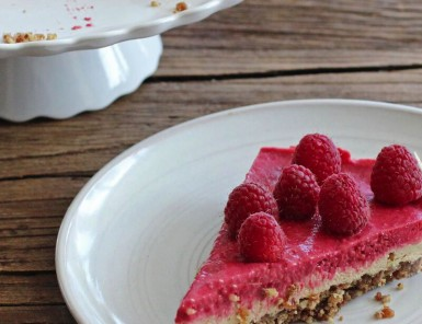 Raw Raspberry Lemon Cheesecake
