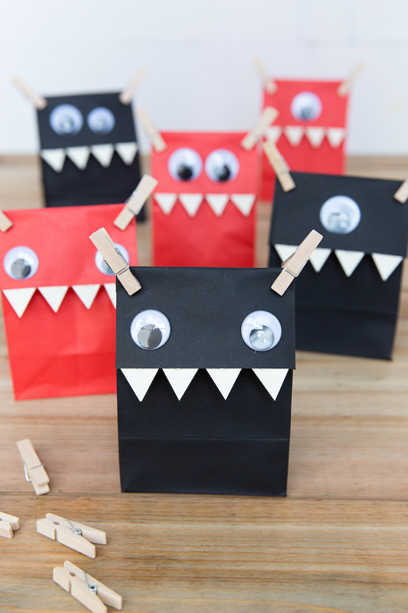 These DIY Halloween bags all seriously make me smile! I think I will put a cute little gift in these for my kids' teachers this year! Since the bags are ready to go (I even put the tissue paper in them already), it will be so simple to find or make a simple gift and let my kiddos take them into school.