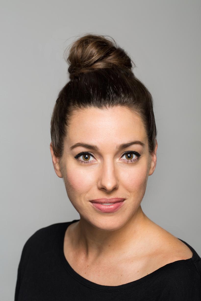 3 genius halloween eye makeup tutorials camille styles audrey hepburn makeup tutorial baditri Gallery
