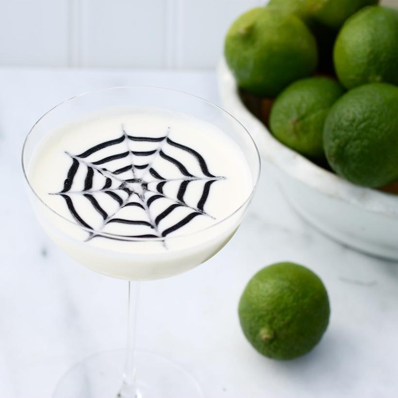White Widow // Halloween Cocktails