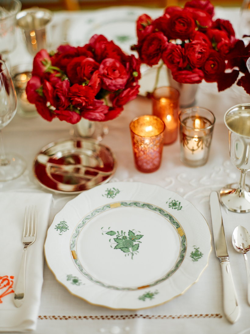 A Holiday Table | Laura Vinroot Poole shares her holiday secrets.