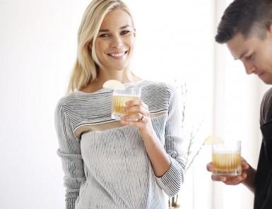 Bourbon Maple Cider| A Holiday Dinner with Britt Maren