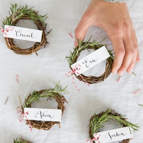 DIY rosemary wreaths for a holiday place card. Cute!