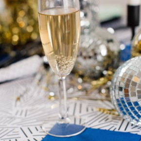 Ideas for a glamorous, glittering New Years Eve party