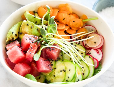 Ahi Tuna Poke Bowl - totally making this for dinner tonight