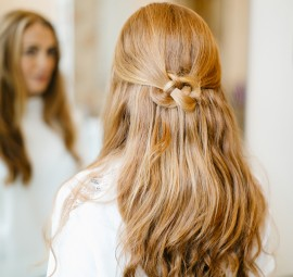 would make a gorgeous wedding day hairstyle