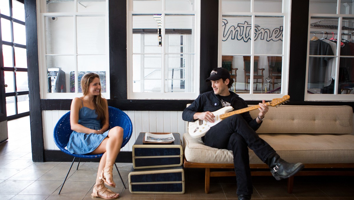 Meet the adorable couple behind the coolest live music venue in Austin