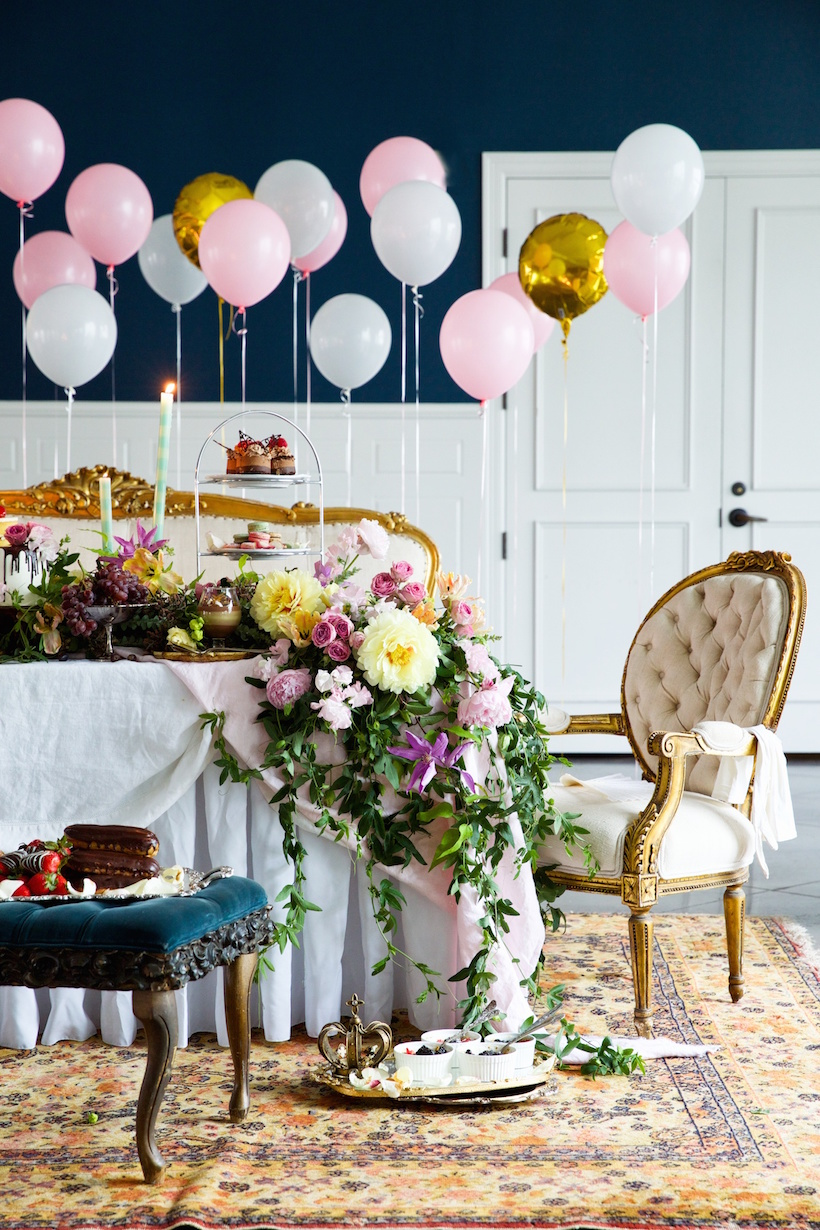 that table! dreamiest. bridal shower. ever.